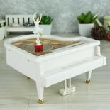 Hộp Nhạc Đàn Piano Vũ Công YL2012